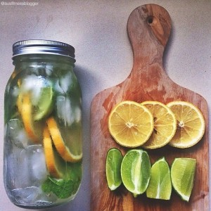 detox-water-lemon